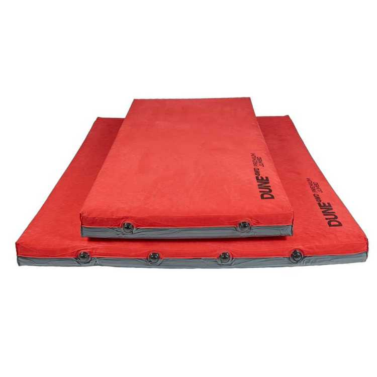 Dune 4WD Premium Jumbo Mat with Pillow Red