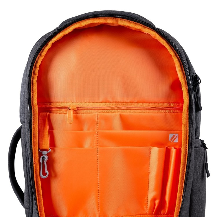 Mountain Designs Express Day Pack Raven 22 L