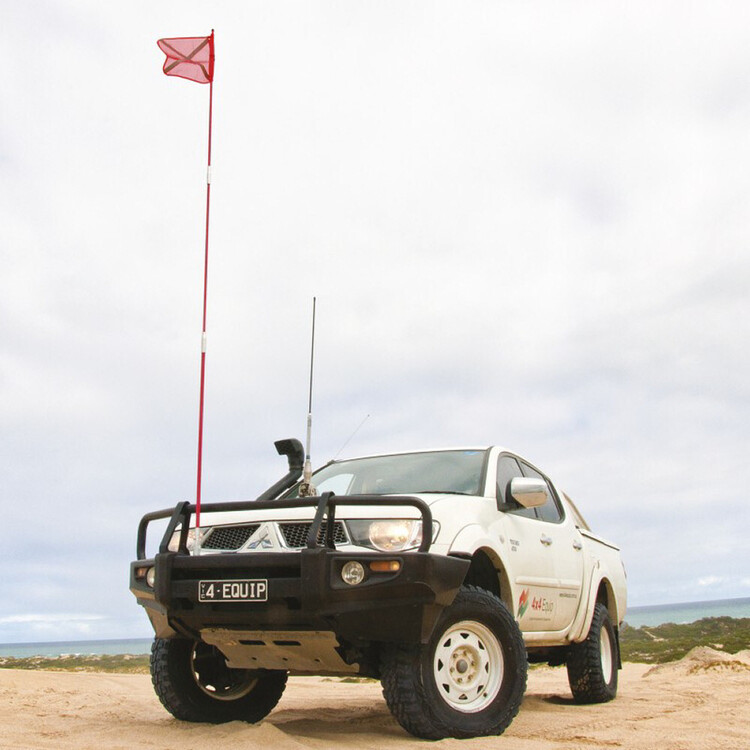 4x4 Equip 3m Safety Flagpole