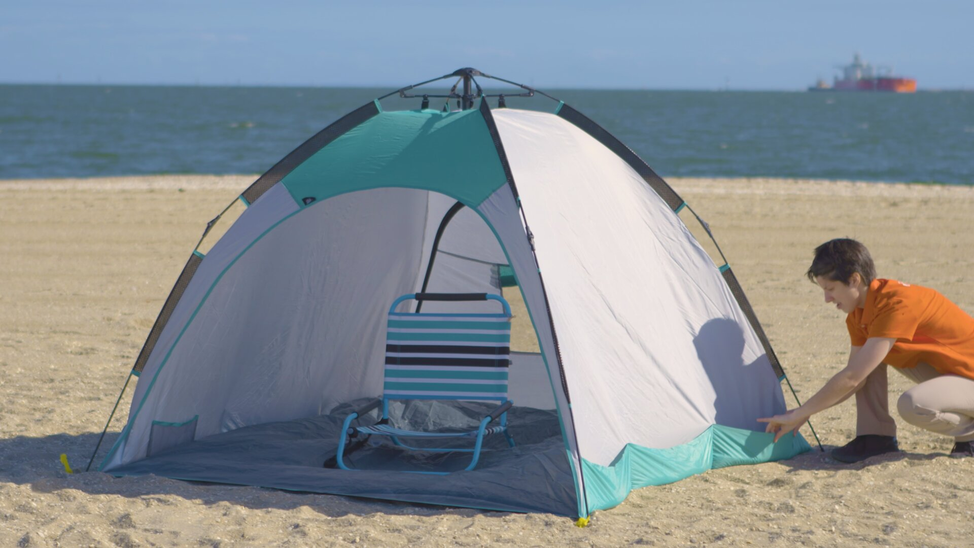 How To Choose A Beach Shelter & Storage - Beach Shelter